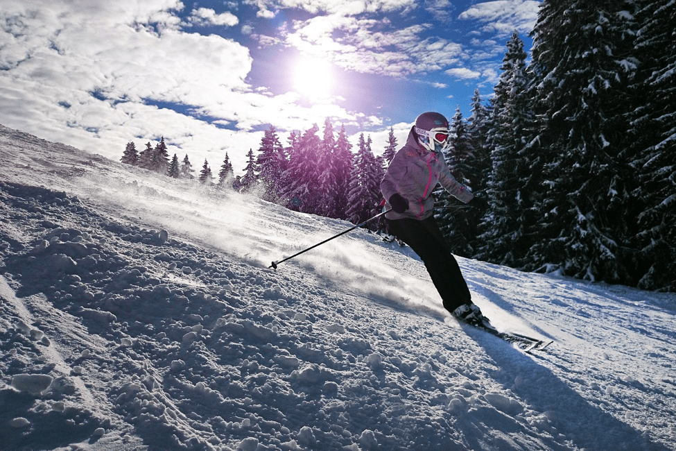 7 Tips for Taking Great Ski Holiday Photos on Your Phone