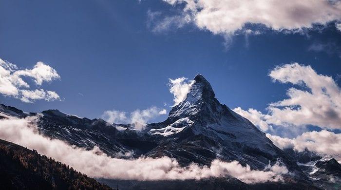 The Best Matterhorn Skiing: Zermatt vs Cervinia